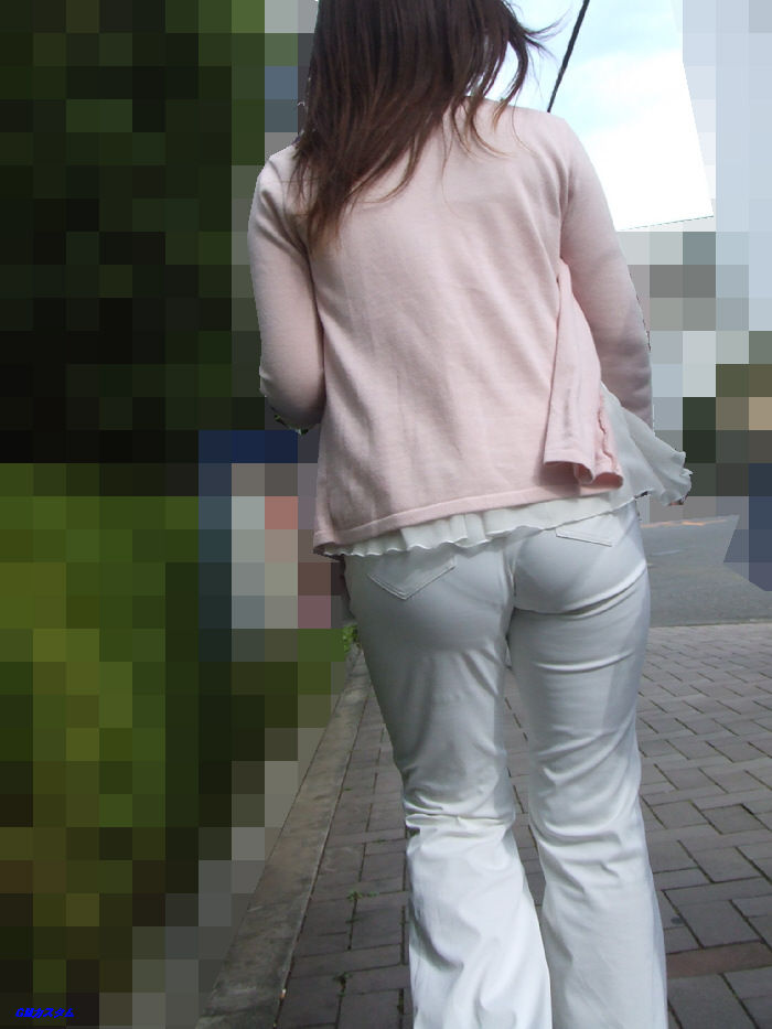 透けてるパンツがセクシー (2)