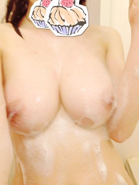 おっぱいや乳首を激写 (6)