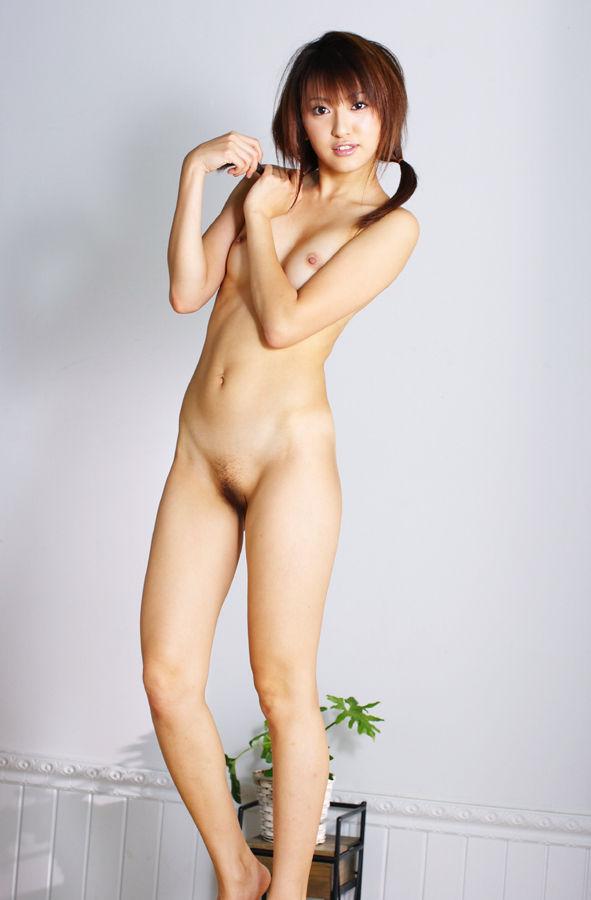 綺麗なオッパイの、篠崎ミサ (4)