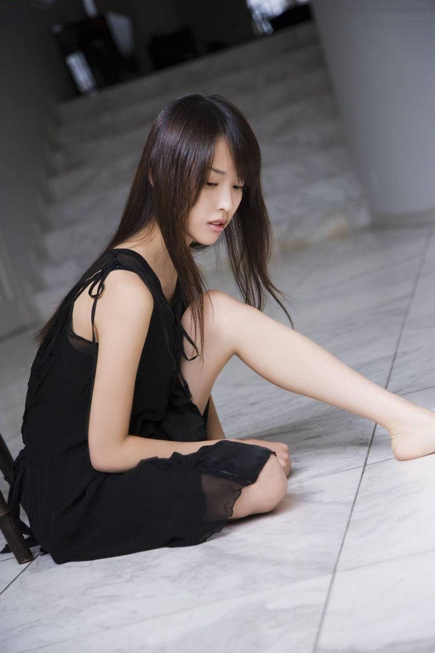 太ももから脚のライン (3)