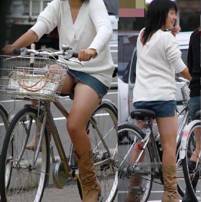 自転車に乗ってパンチラ (9)