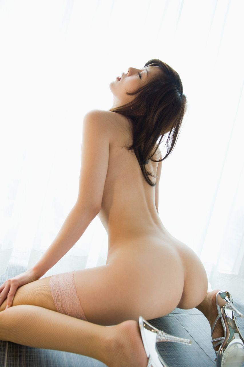 丸いお尻 (19)
