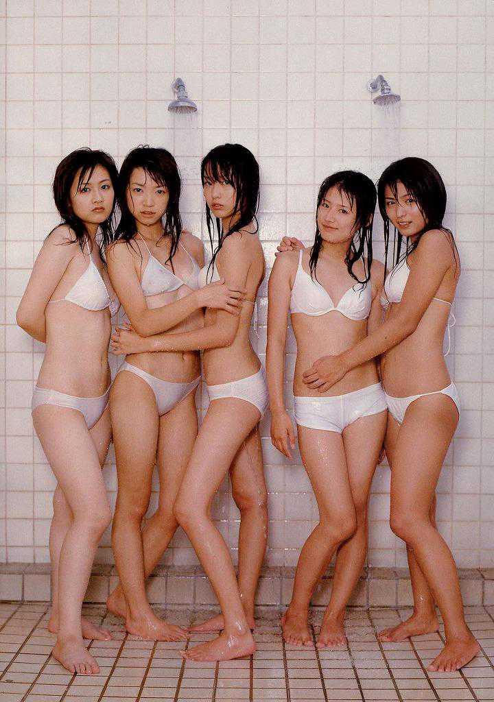 アイドルの水着がセクシー (18)