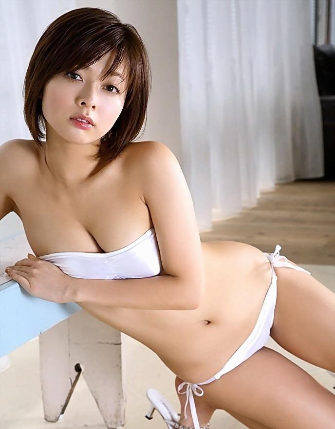アイドルの水着がセクシー (1)