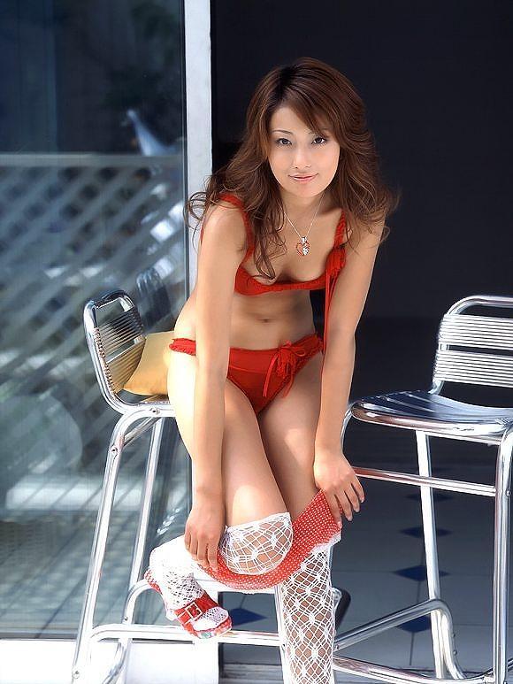 アイドルの水着がセクシー (14)