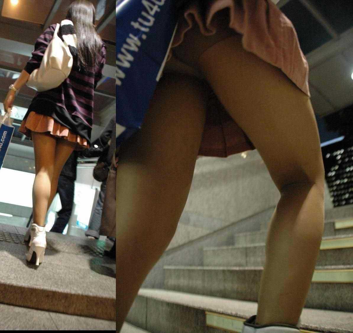 階段でパンチラしてる (9)