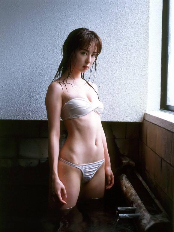 小さくて可愛い胸 (19)