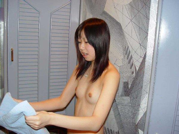 貧乳と乳首 (18)