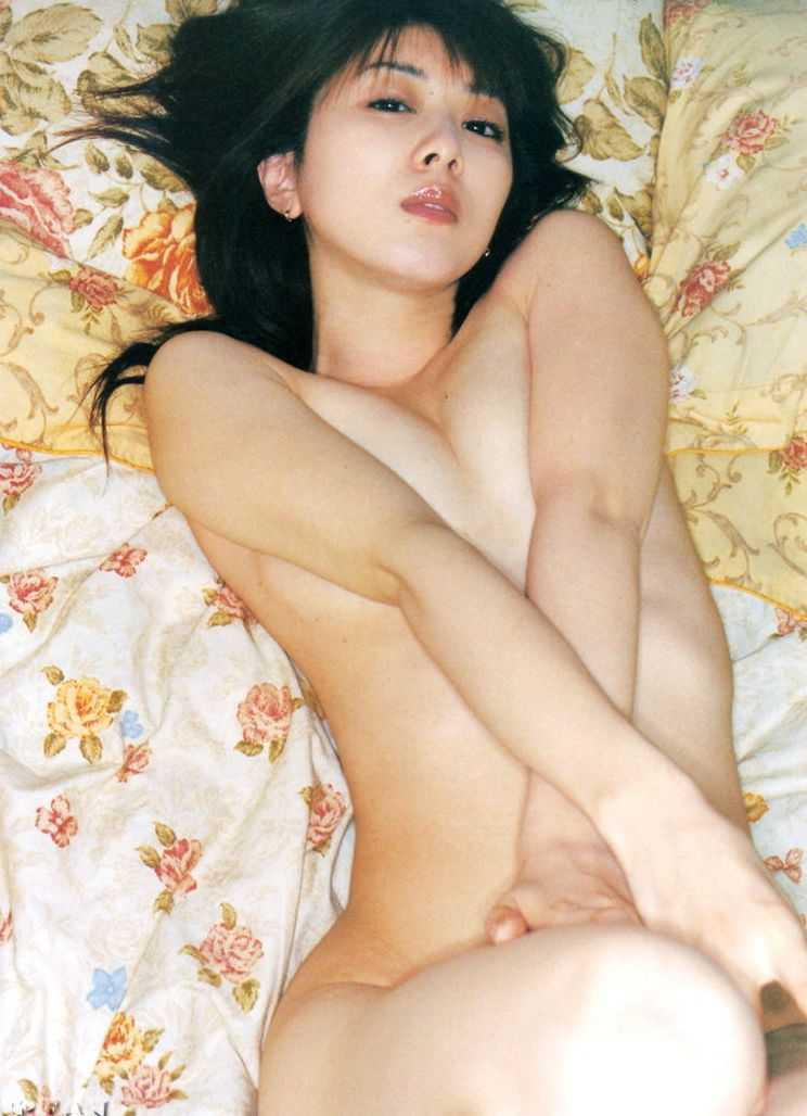 ほとんどヌードの、矢部美穂 (19)