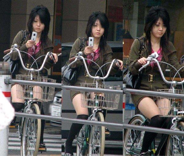 自転車でパンツ見せ (19)