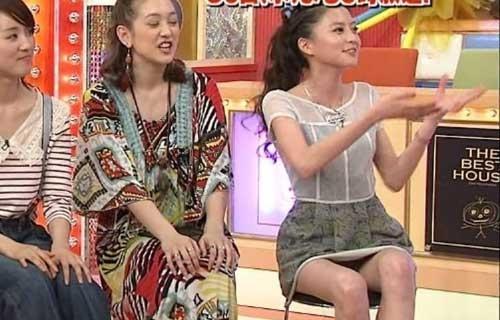 テレビでチラチラ (2)