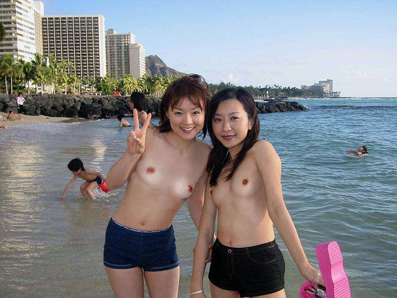 お外で裸になる (19)