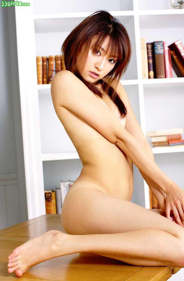 スレンダー美人の、篠崎ミサ (17)