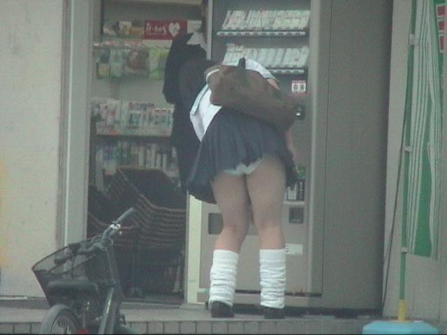 女子校生のパンツ (4)