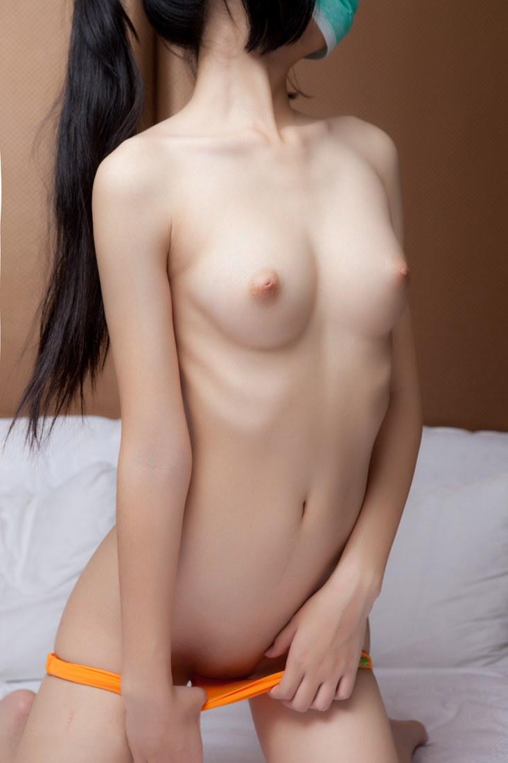 細いウエスト (15)