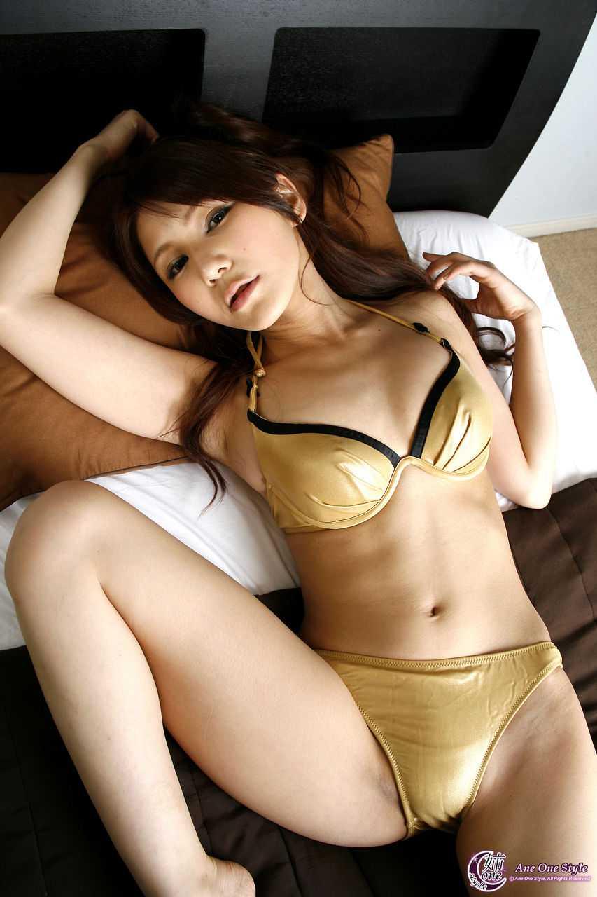 大きくて綺麗なオッパイの、相澤リナ (18)