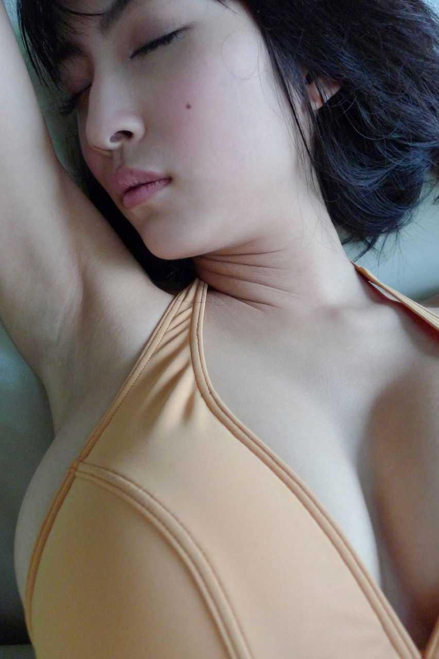 腋の下がセクシー (16)