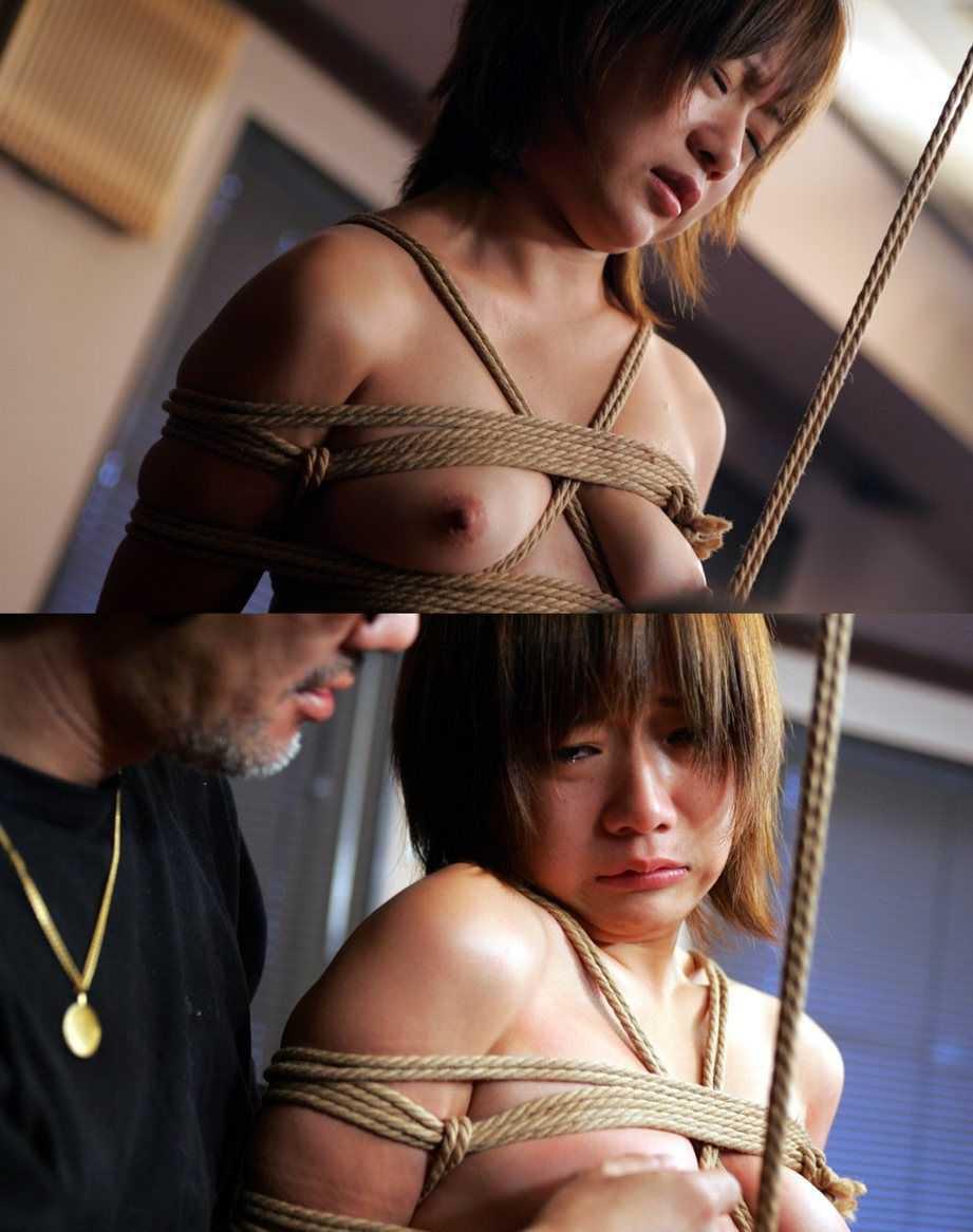 拘束された女 (14)