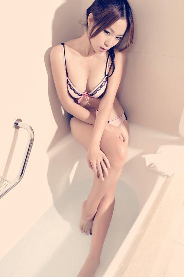 綺麗な女性が好き (4)