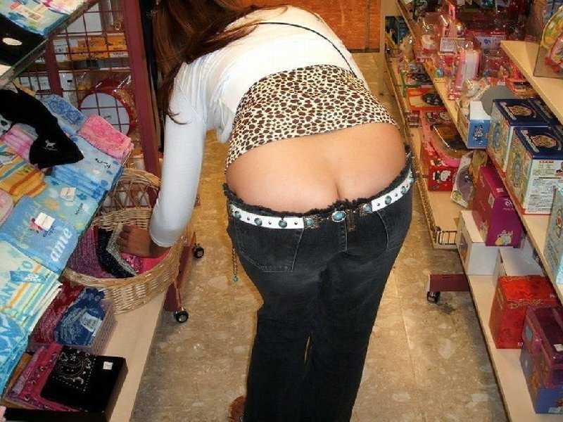 パンツや尻が見えた (1)