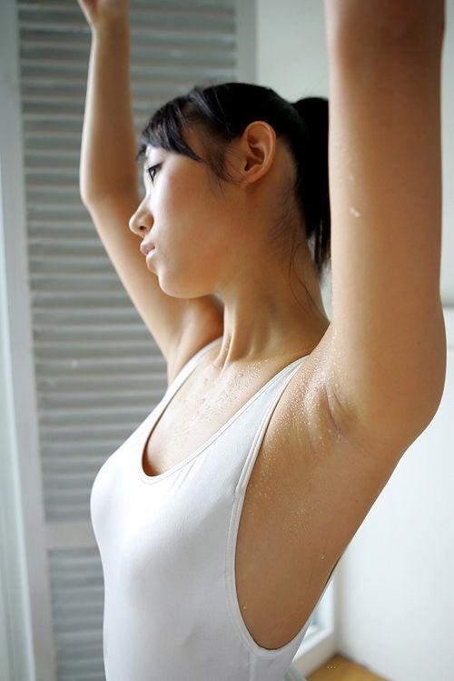腋の独特のセクシーさ (3)