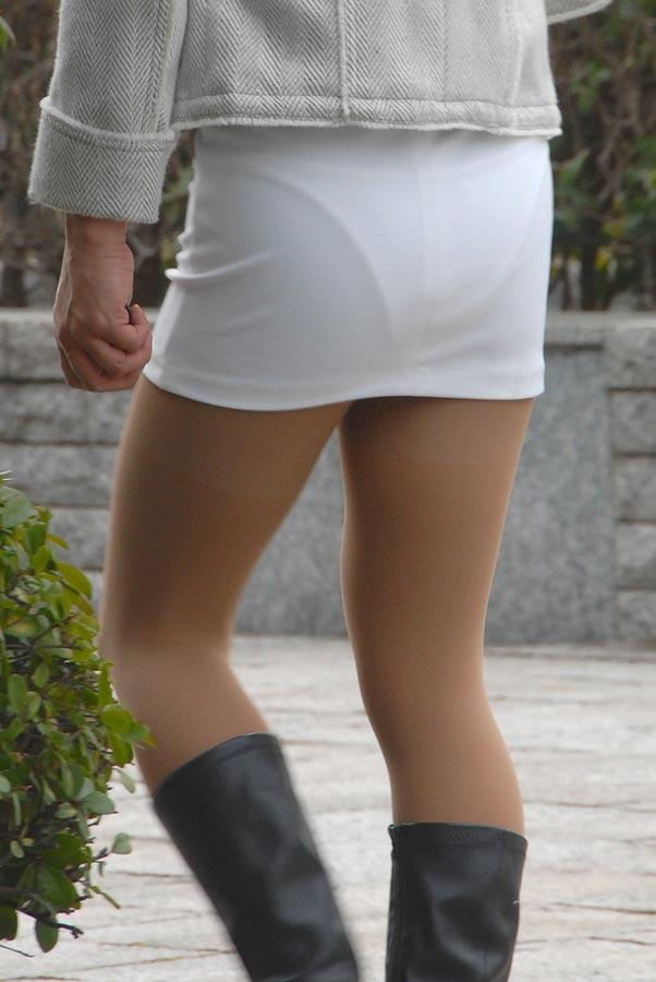 パンツが透けちゃった (5)