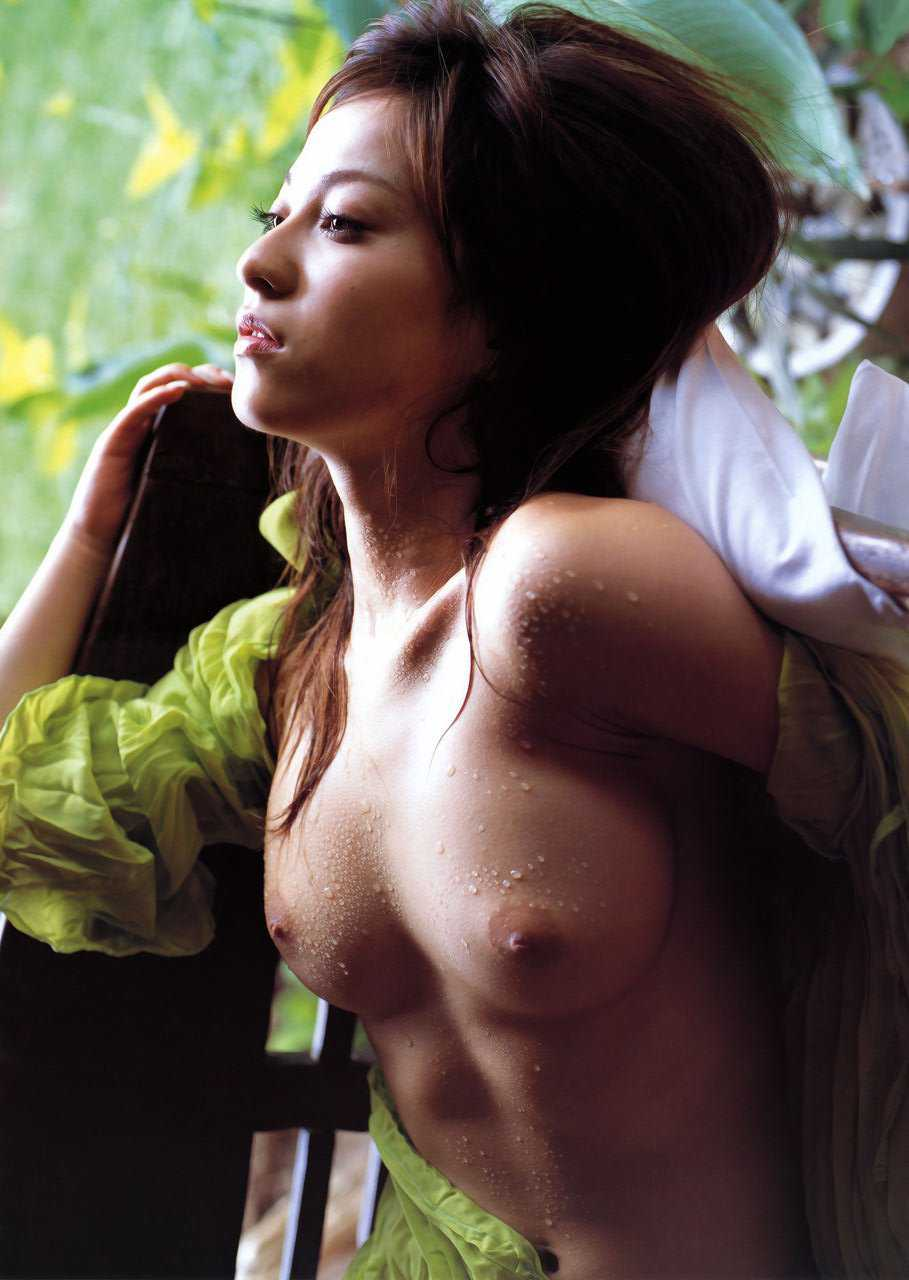 ヌードモデルの上原綾 (18)