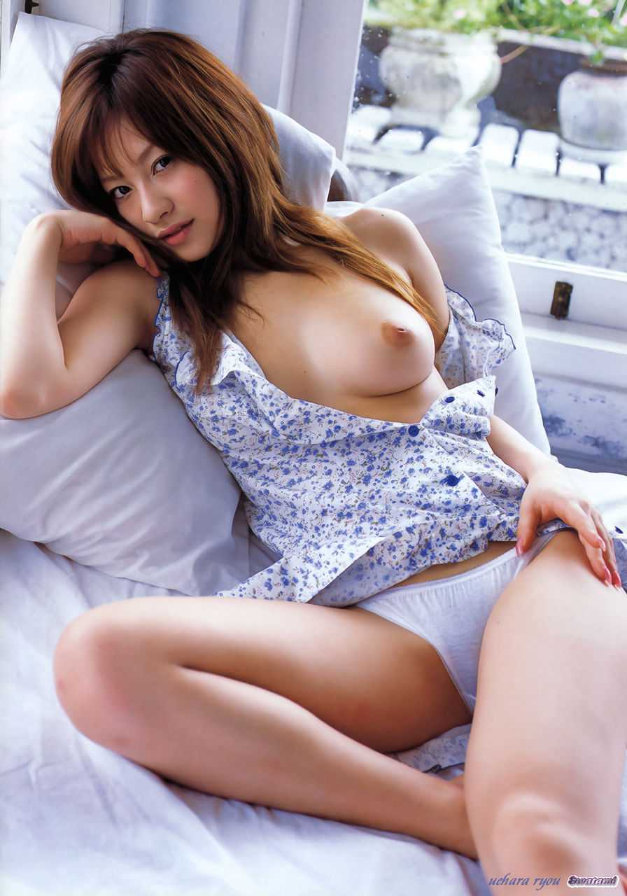 ヌードモデルの上原綾 (3)