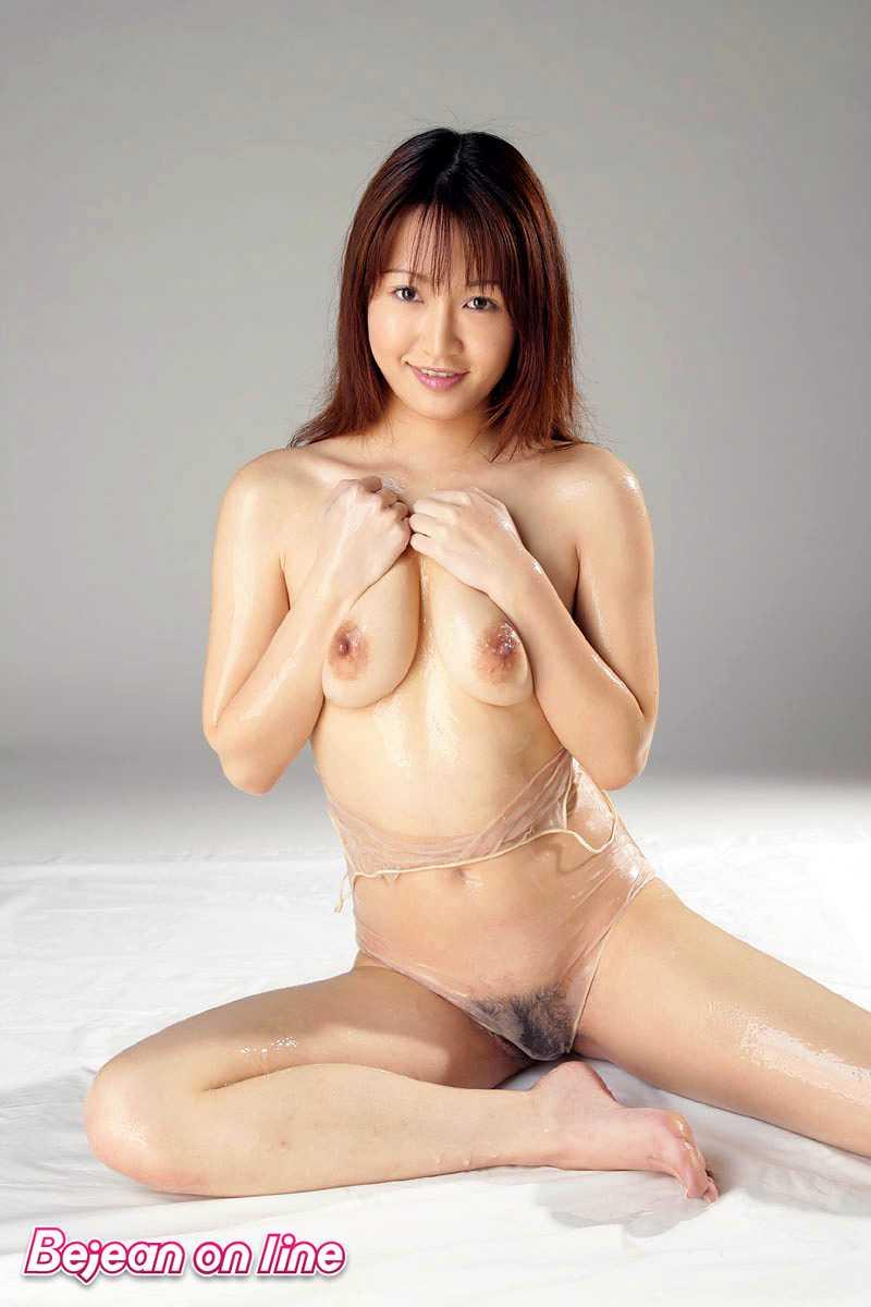 ストリップもしてた、神咲アンナ (19)