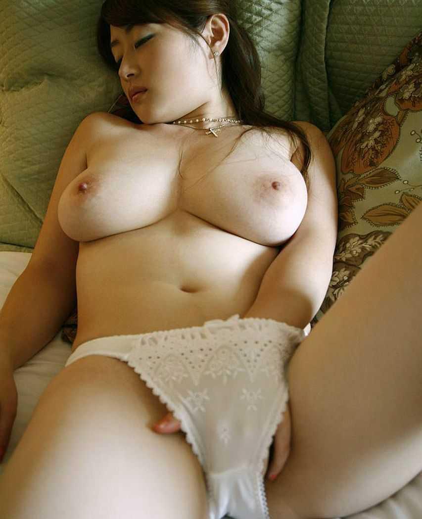 ちょっと太めの女 (13)