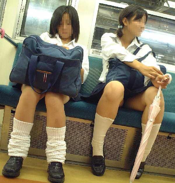 JKのパンツと脚 (15)