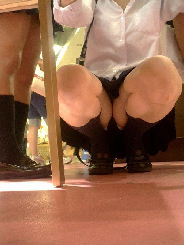 JKのパンツと脚 (14)