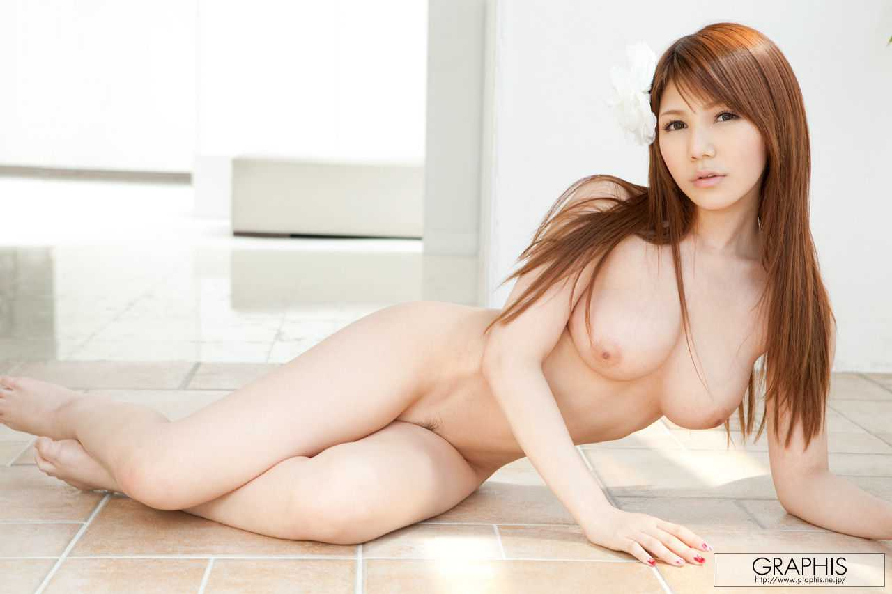デカくて美乳の相澤リナ (12)