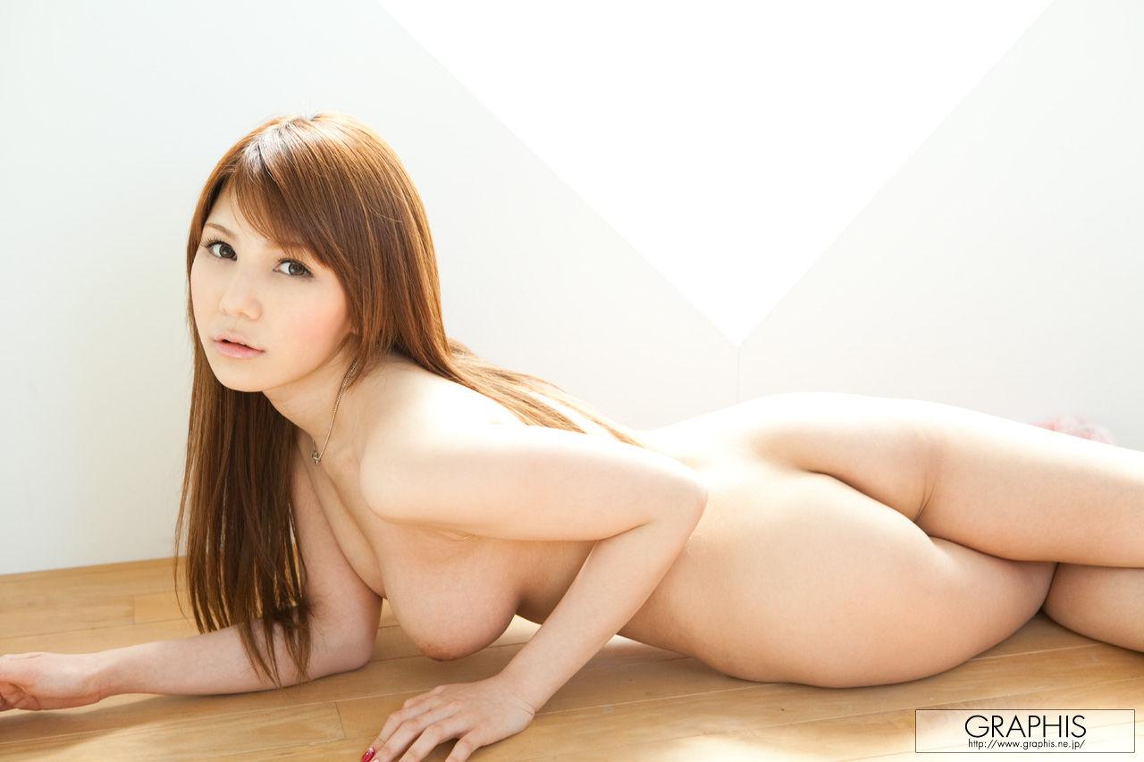 デカくて美乳の相澤リナ (8)