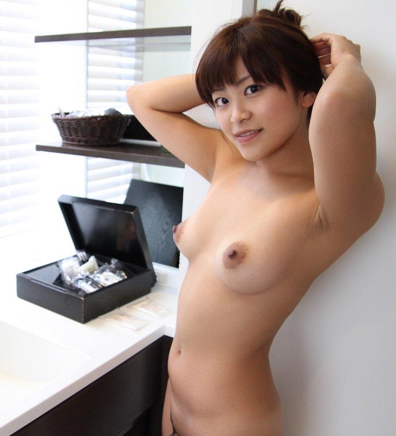脇の下と乳房 (18)