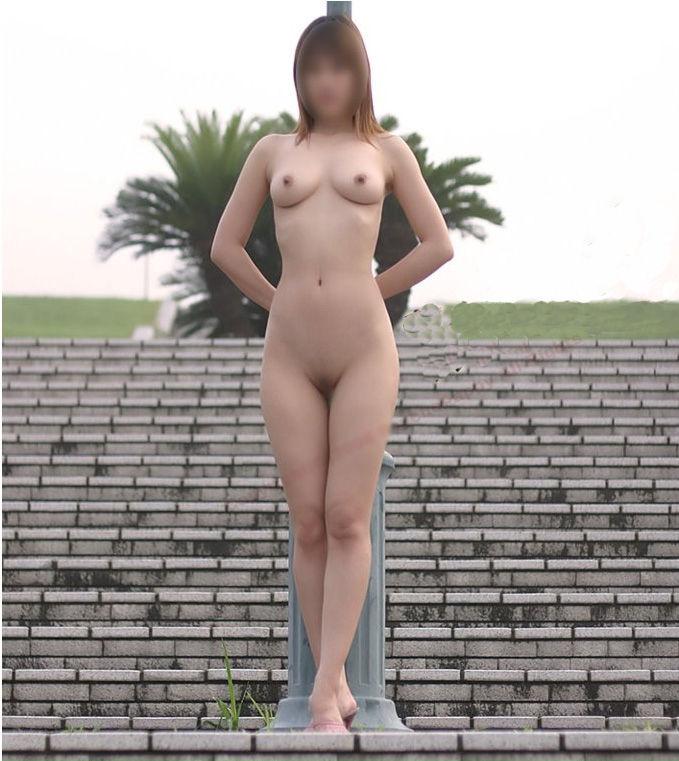 太陽の下で全裸 (5)