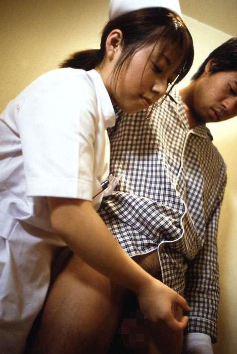 脱ぎじゃう看護婦 (5)