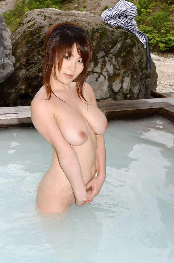 ノンビリと入浴中 (12)