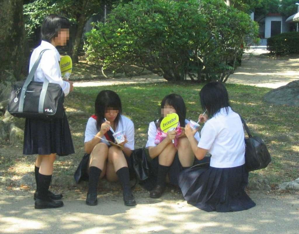 女子高生の下着 (4)