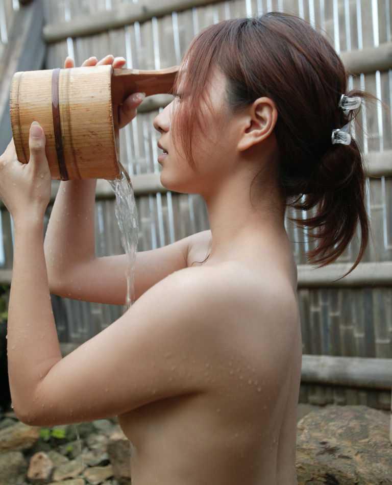 全裸でお風呂 (14)