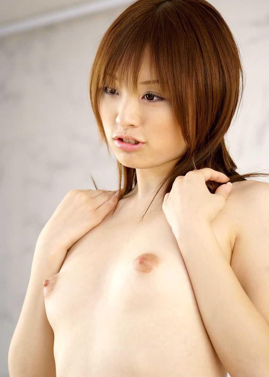 小ぶりな胸 (20)