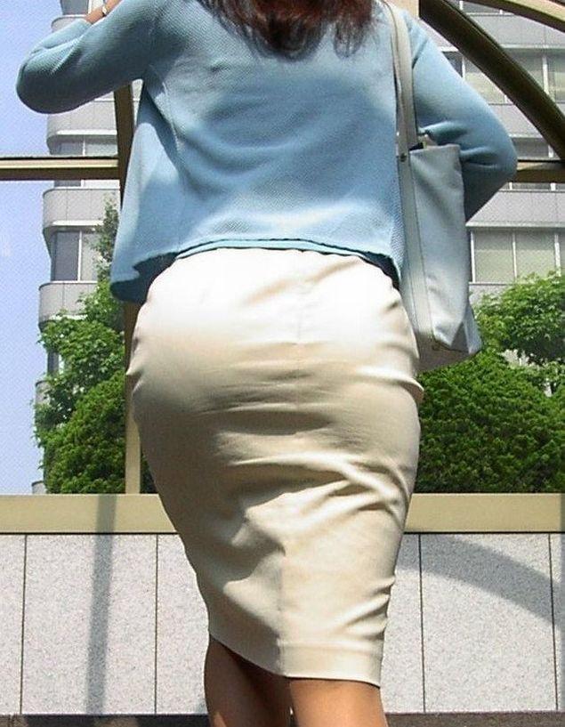 パンツが透け透け (5)