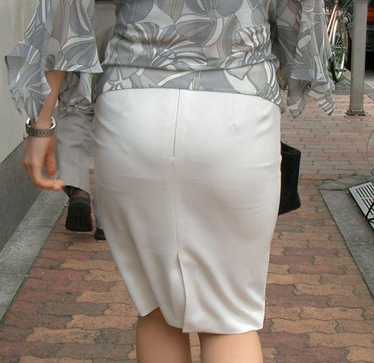 パンツが透け透け (3)