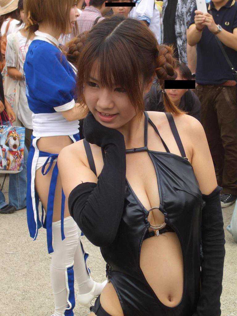 衣装よりオッパイ (7)