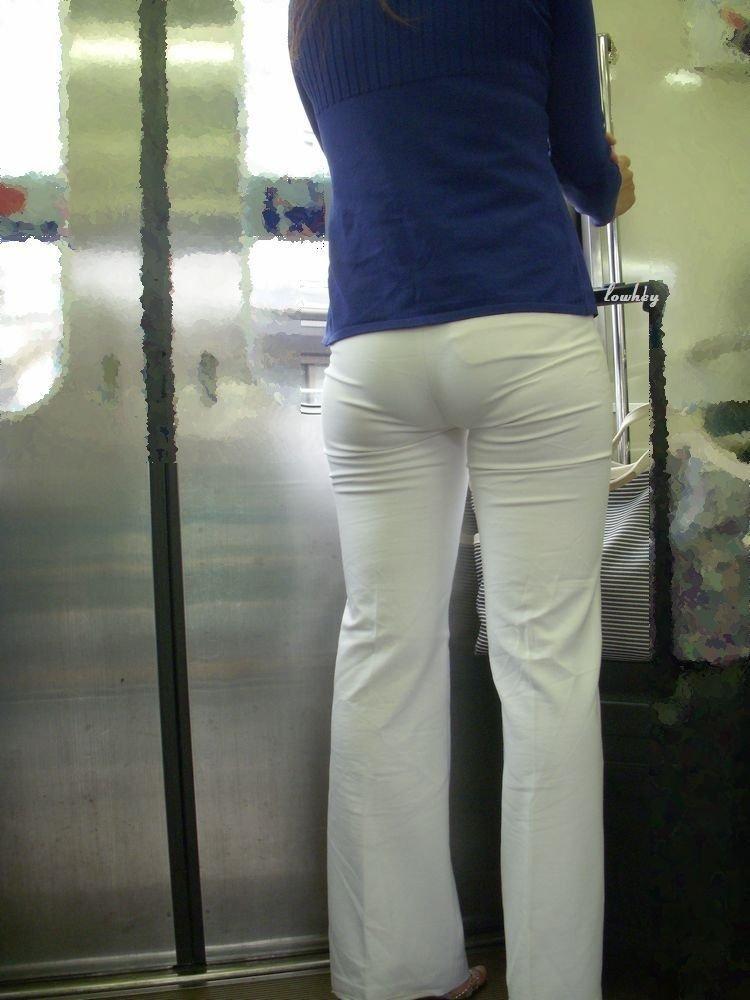 下着が透けたり (6)