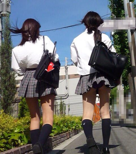 女子高生のパンティー (3)