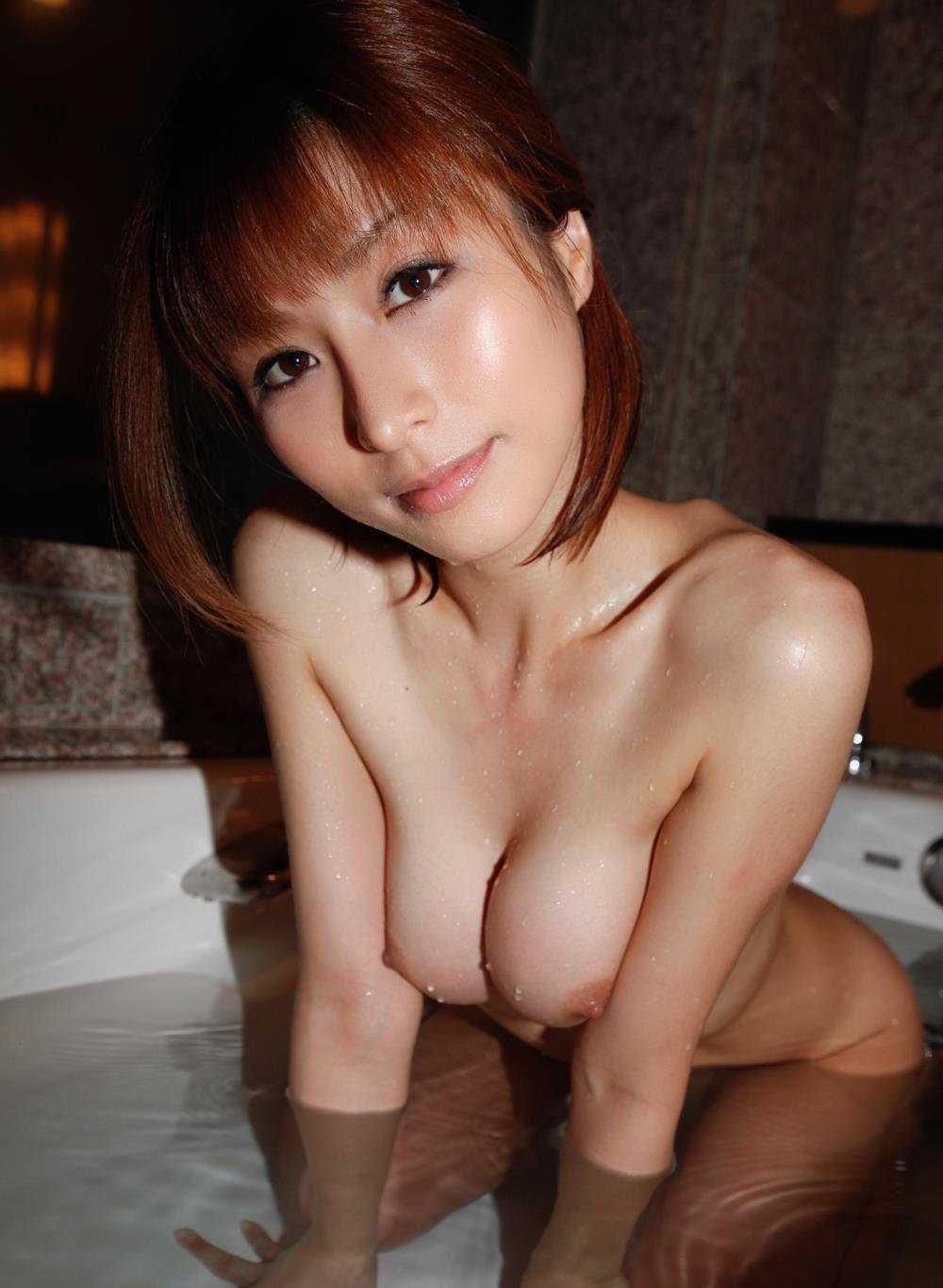綺麗なオッパイの、朝日奈あかり (1)