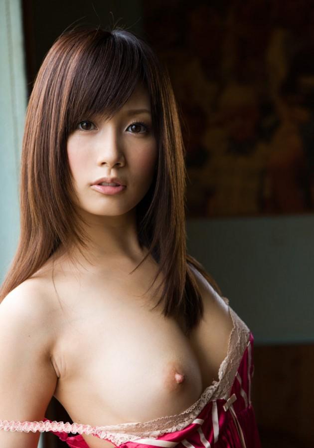 片っ方の乳房 (9)
