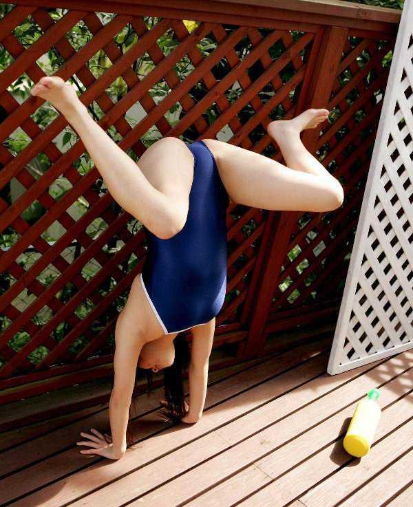 競泳水着がセクシー (13)