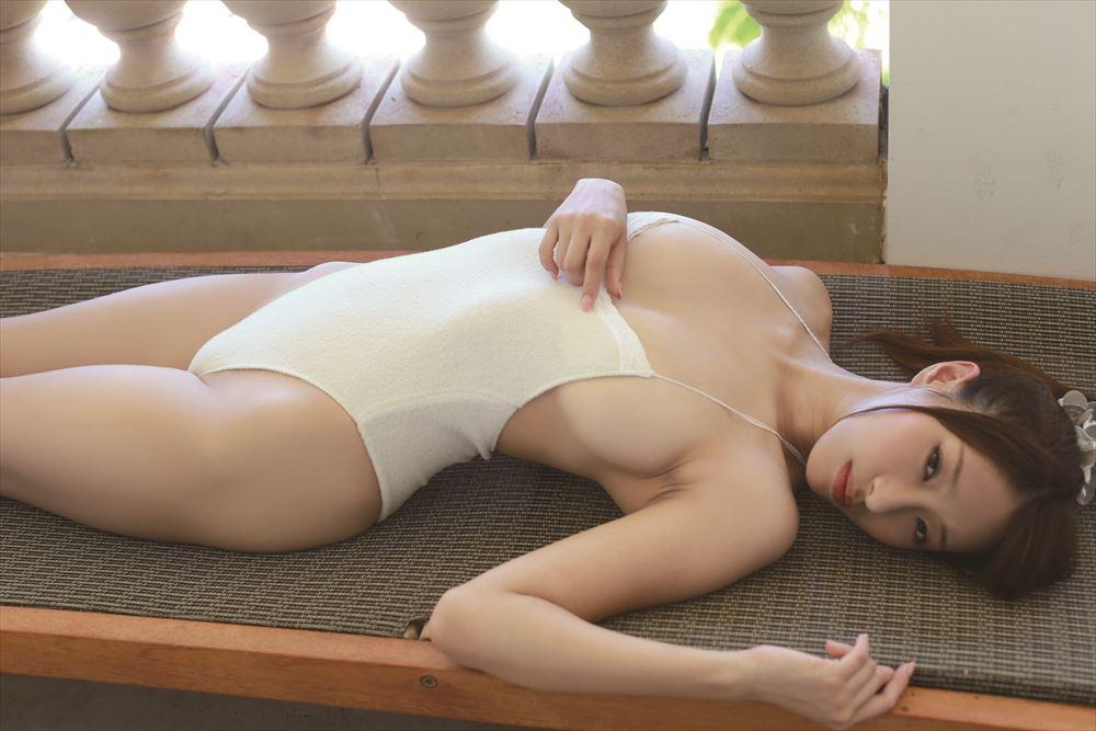 乳と脇の下 (5)